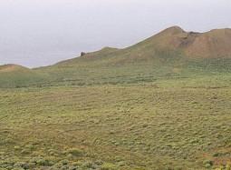 Volcà de l'illa d'El Hierro-Wikipedia-Eckhard Pecher-767x302